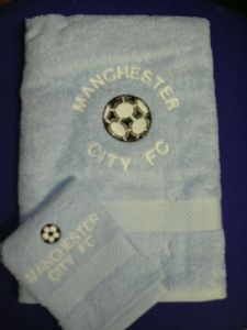 PERSONALISED MANCHESTER CITY FC TOWEL SET - FOOTBALL